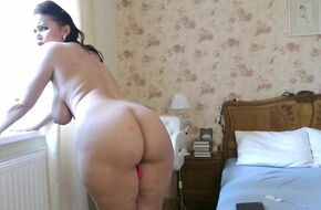 Big beautiful mature women